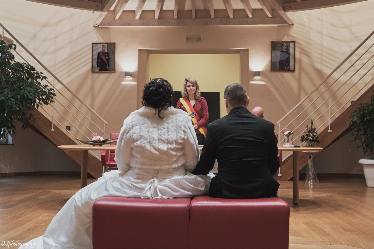 Photo de mariage reportage à la commune